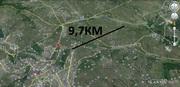 По прямой 9, 7км,  участок 12соток 15 минутах или 18кмКМ от Кишинева